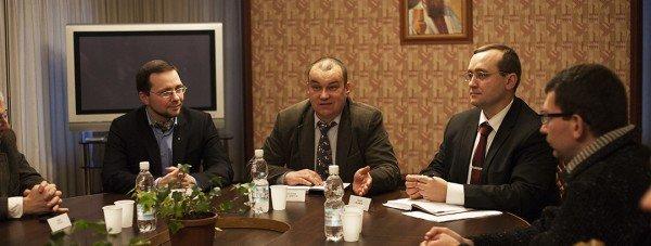 Слева направо: Сергей Громенко, Владимир Маслийчук, Андрей Иванец
