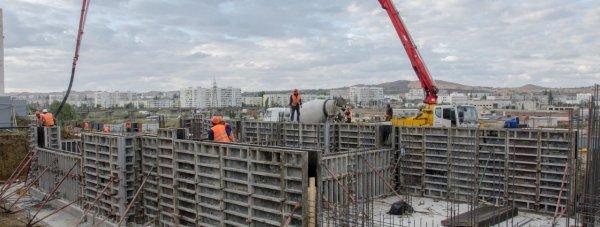 Строительство дома для переселенцев из зоны Керченского моста