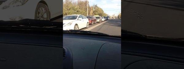 Симферополь застыл в двухкилометровой пробке (видео)