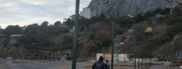 забор пляж батилиман