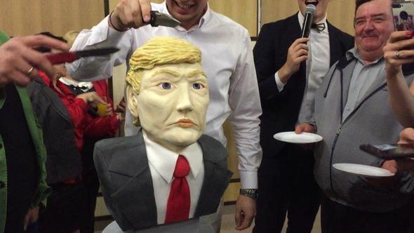 трамп торт